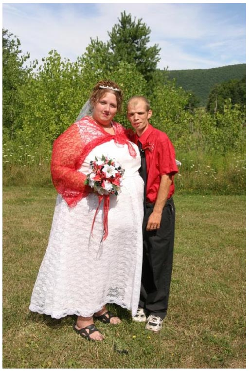 Wedding Dress All Things Heinous Trashy And Hilarious In