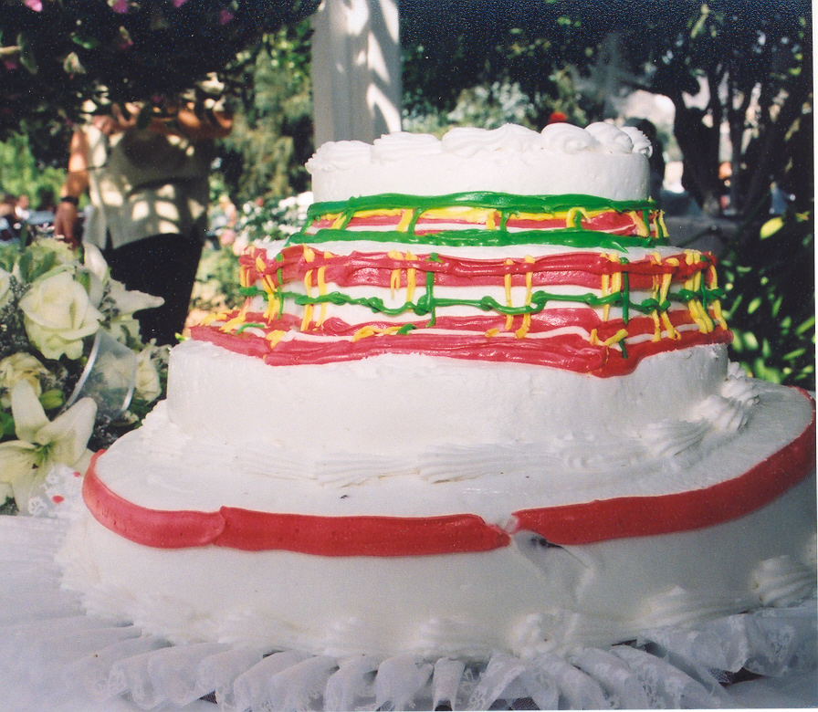 Wedding Cakes All Things Heinous Trashy And Hilarious In Weddings