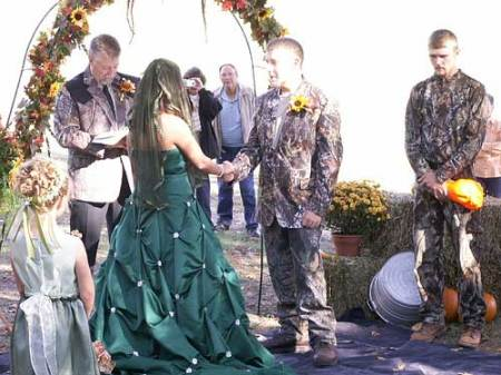 camo-wedding