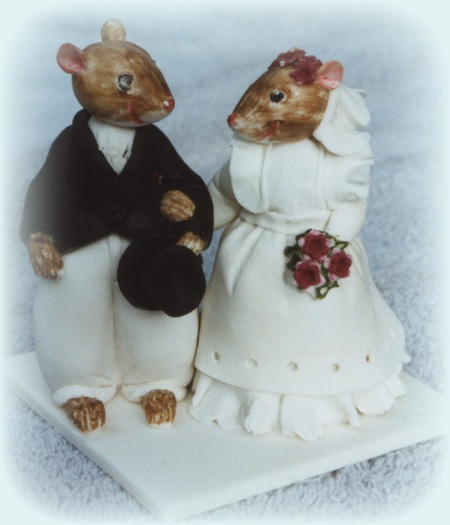 field-mice-cake-topper-animals