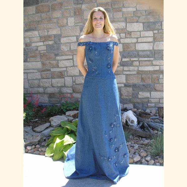 Denim Wedding Gown: Denim Wedding Dresses, Cutoff Shorts At Ceremony, And A