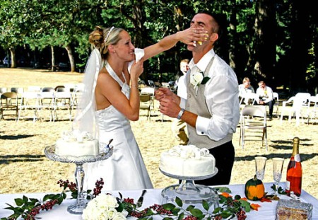 Wedding_CakeFace