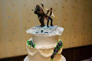 star-wars-theme-wedding-cake